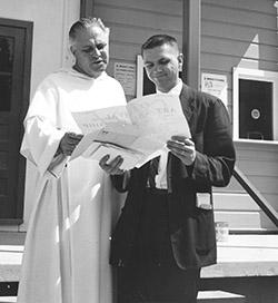 Donald Rathgeb and Fr Gilbert Hartke